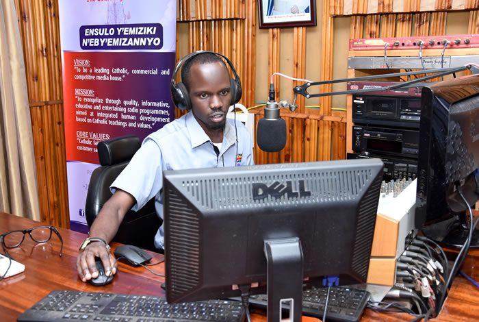 Kilunda Biziwan News Anchor