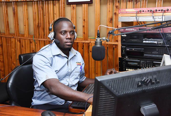 Lubega Francis News Reporter / Omulongoti Presenter